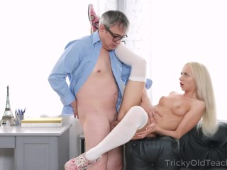 Tricky Old Teacher - Old Man Tastes Juicy Pussy Of A Blonde Student