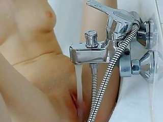 Lusty Shaving For A Hot Cunt